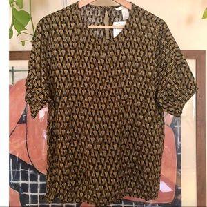 H&M short sleeve print blouse. NWT